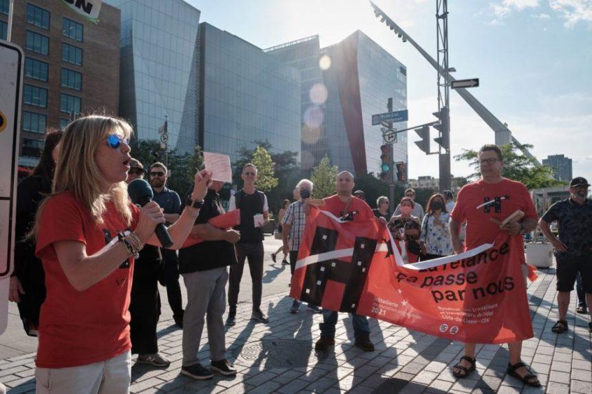 Manifestation des professionnels de l'hôtellerie à Montréal