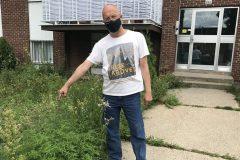 Un HLM de Montréal-Nord infesté d'herbe à poux