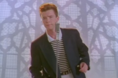 34 ans après sa sortie, cette chanson de Rick Astley atteint 1 milliard de vues sur YouTube
