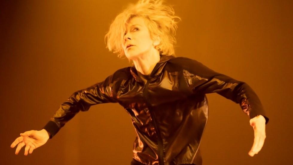 Louise Lecavalier dans le spectacle de danse «Stations»