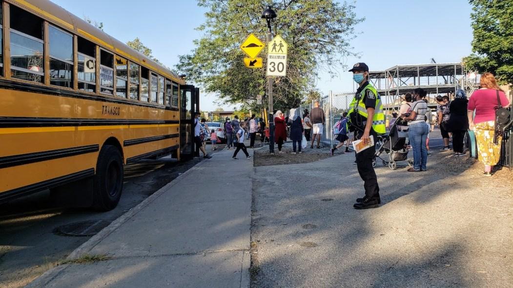 Plus de sensibilisation et de prévention autour des écoles