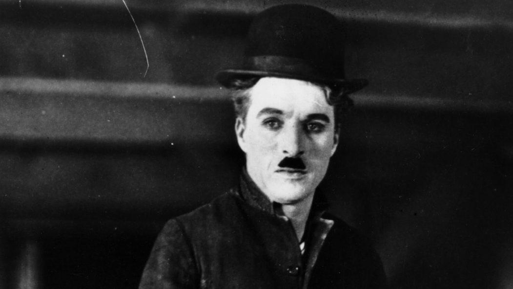 Charlie Chaplin crique Québec